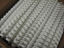 Пластмасови гребени Ф 14мм, 21 зъба, 100 бр.